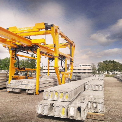 Straddle Carrier Siegl